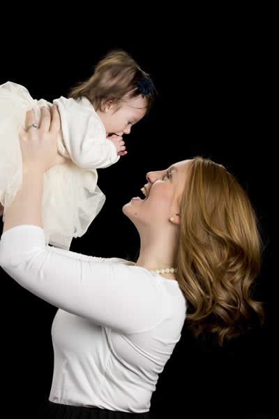 Stroudsmoor Country Inn - Stroudsburg - Poconos - Mothers Day Event - Mother With Baby