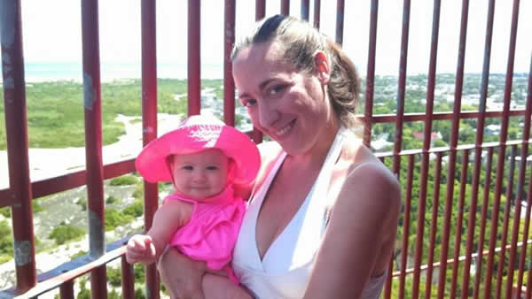 Stroudsmoor Country Inn - Stroudsburg - Poconos - Mothers Day Event - Mom And Baby