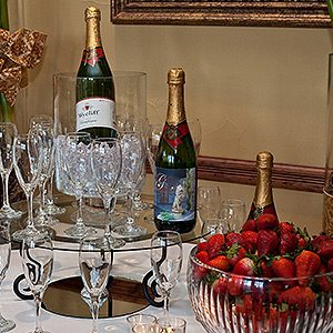 Stroudsmoor Country Inn - New Years Celebration - Champagne and Berries