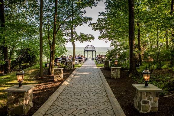 A Stroudsmoor Wedding Ceremony And Reception