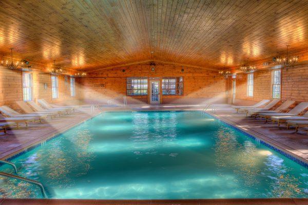 Stroudsmoor amenities - pool (natatorium)