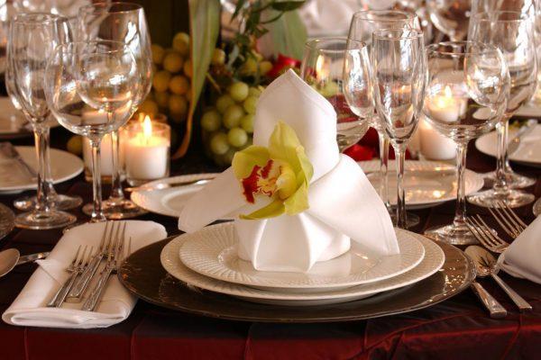 table-setting-101