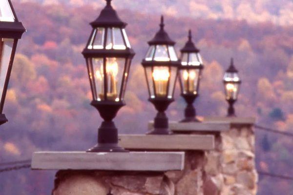 Stroudsmoor Country Inn - Stroudsburg - Wedding Resort - Stroudsmoor - Row of Lights